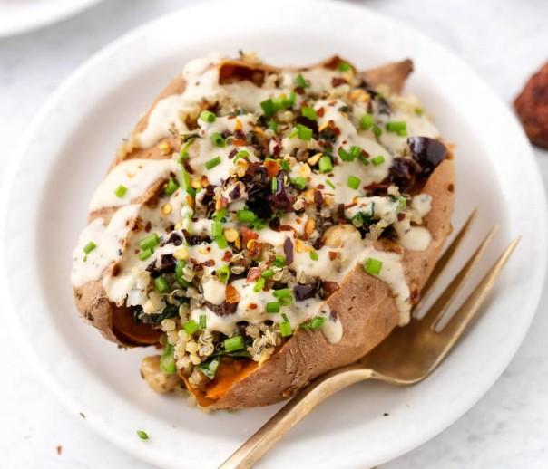 Vegan Akdeniz Kinoalı Tatlı Patates Dolması