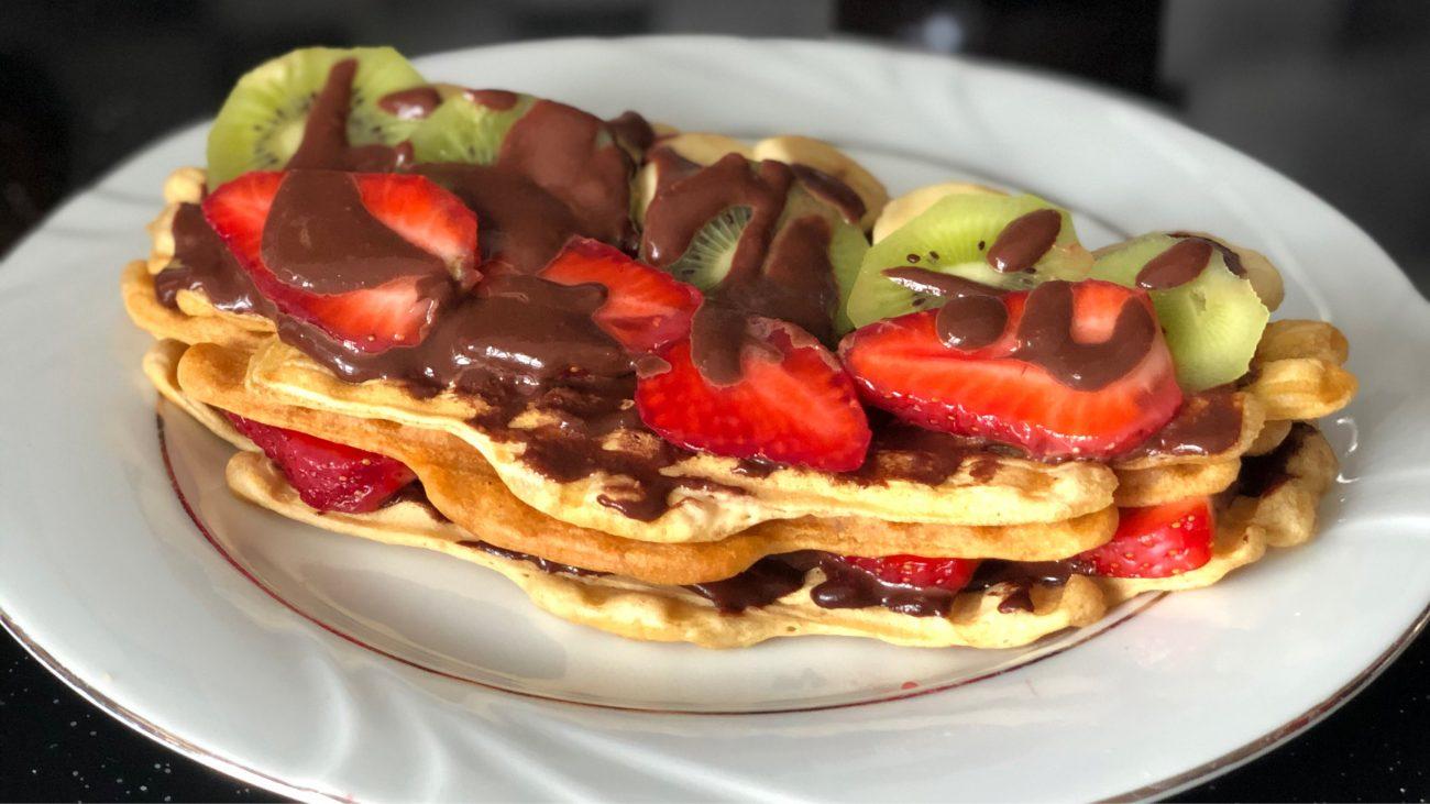 Tost Makinesinde Vegan Waffle Tarifi